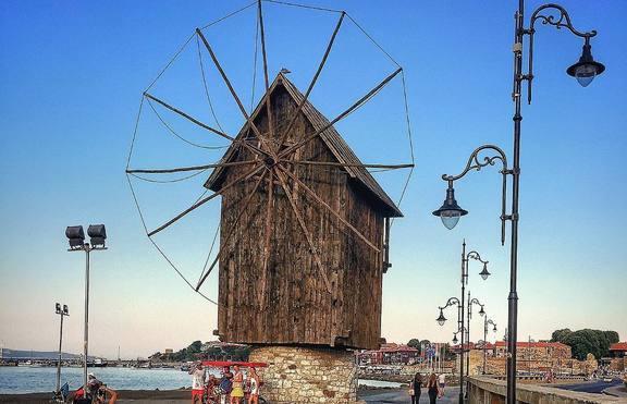 3 красиви предложения за лятна почивка в България