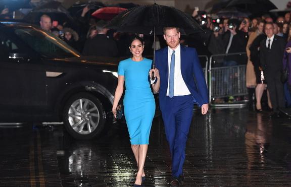 Принц Хари и Меган Маркъл - гости на сватбата на Бруклин Бекъм