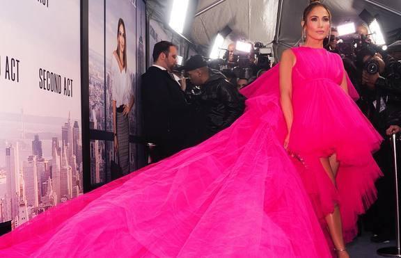 Като от приказките: Розовата рокля на Джей Ло