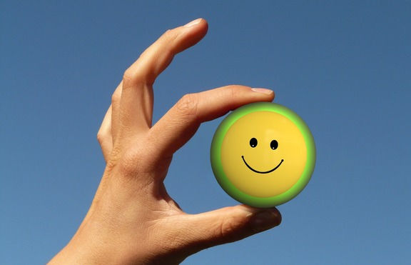 Маникюр за лятото: Усмихнати човечета
