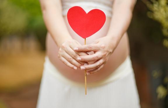 Петя Дикова отново е бременна