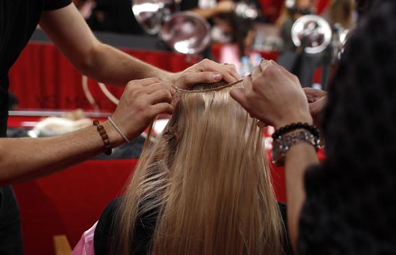 Как се поставя екстеншън и кой метод за каква коса е подходящ