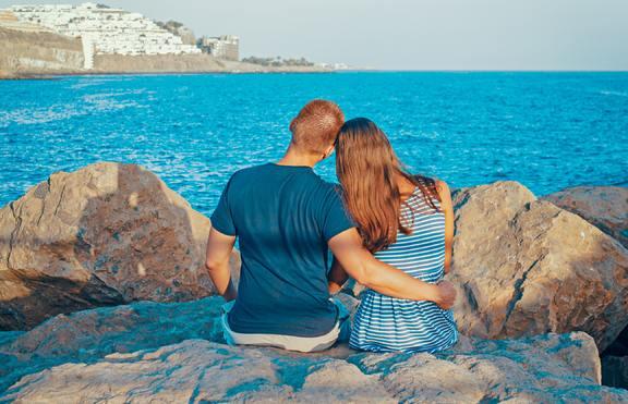За тийнейджъри: 4 зодии, които ще открият любовта през лятото