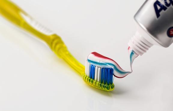 Колко често трябва да сменяте четката за зъби?