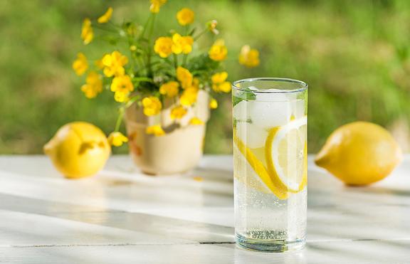 5 предимства на лимоновата вода, за които не знаете