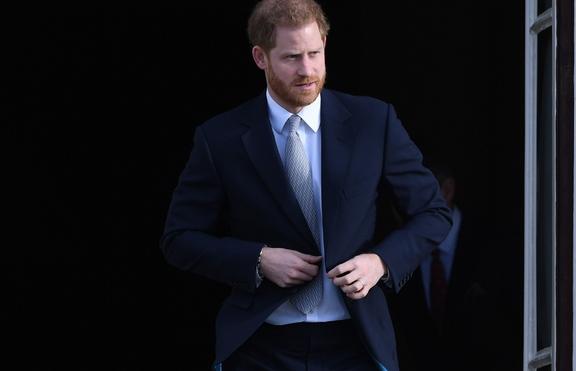 Хари съобщил на Кейт, че е станал баща, а не на брат си