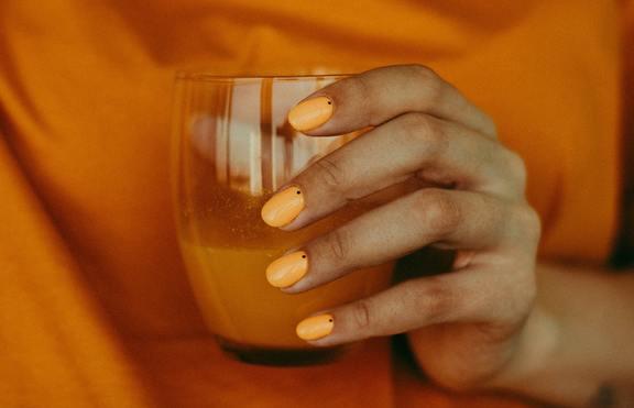 4 цвята лак за нокти за есента