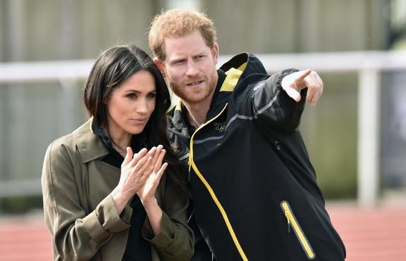 Меган Маркъл и Хари се връщат в Англия за Коледа
