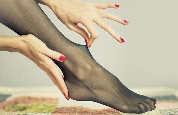 Проблемите, които има всяко момиче, носещо чорапогащник