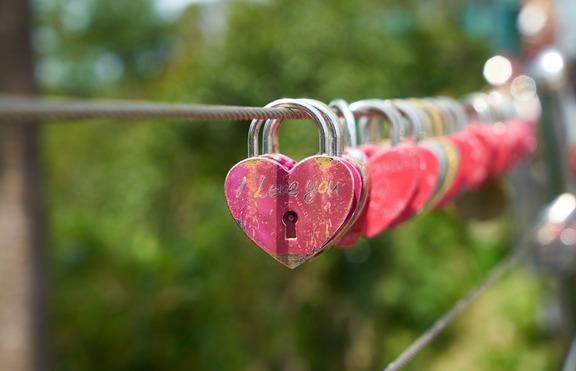 Какво ти пречи да откриеш истинската любов според зодията?