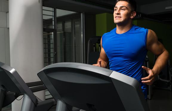 Как да стопите максимум калории на бягащата пътека?