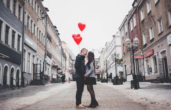 Според зодията: Какво ви чака на Свети Валентин?
