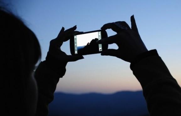 Какви са новите тенденции при смартфоните?