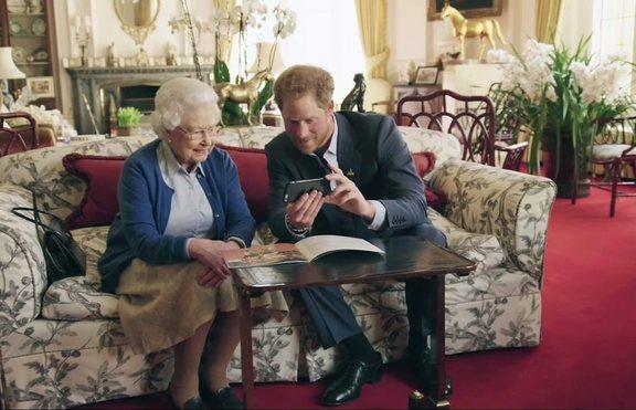 Кралицата поканила Хари на обяд