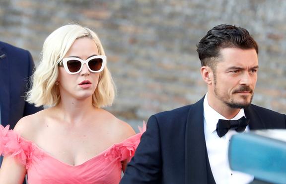 Кейти и Орландо пак отлагат сватбата