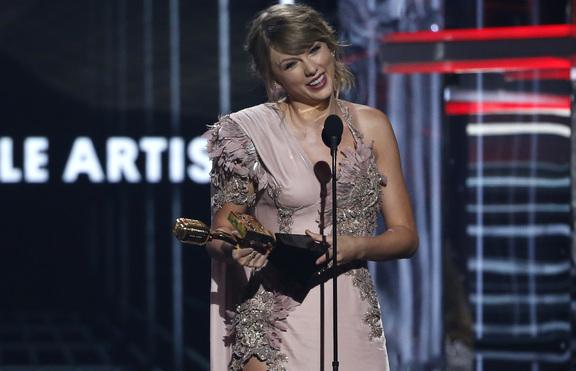 Тейлър Суифт: Музиката лекува разбитото сърце!