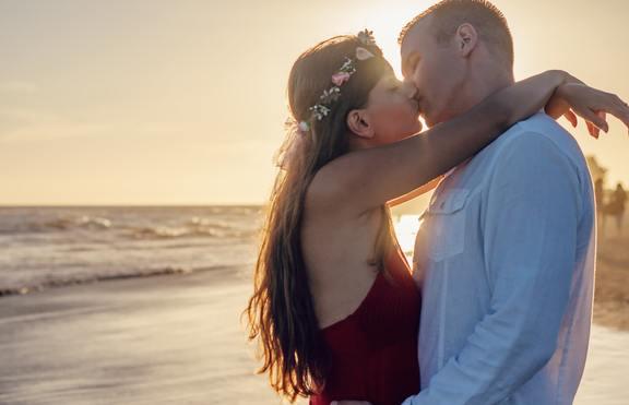 Световният ден на целувката - какви са ползите от нея?