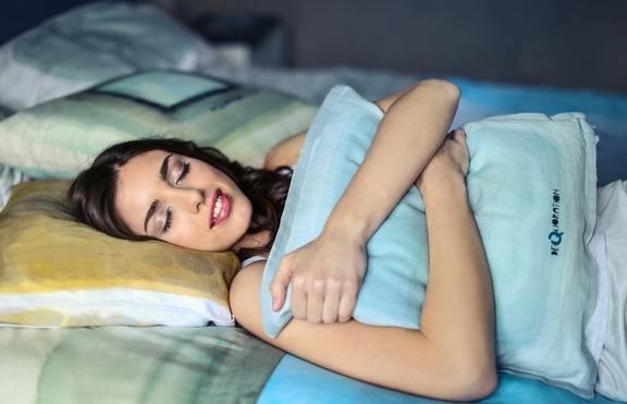 Как зодиите борят безсънието?