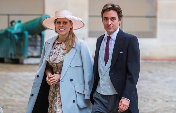 Принцеса Беатрис и Едоардо Мапели Моци празнуват годишнина от сватбата