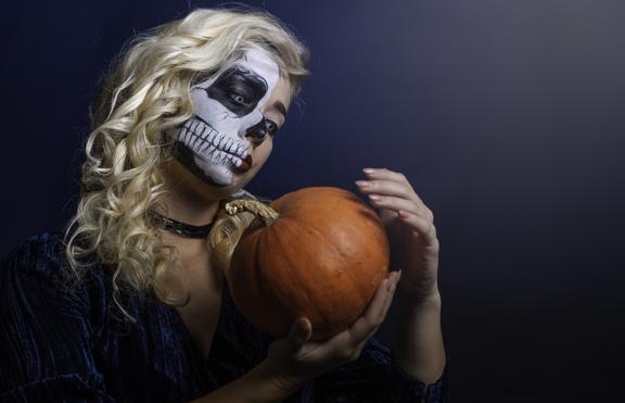 Как да се маскират зодиите на Хелоуин?
