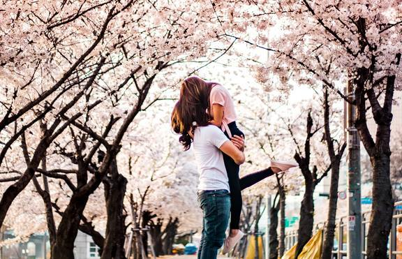 Романтичен април за 3 зодии