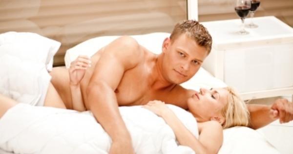 Видео секс с женой дома в постели видео 170