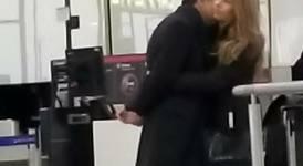 Банова и Плевнелиев на летище в Лондон