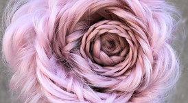 Рози в косата - новата тенденция