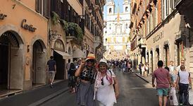 Венета Харизанова на почивка в Италия