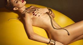 Роузи Хънтингтън - Уайтли - сексапил в 10 снимки