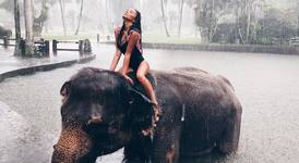 Секси Николета в Бали